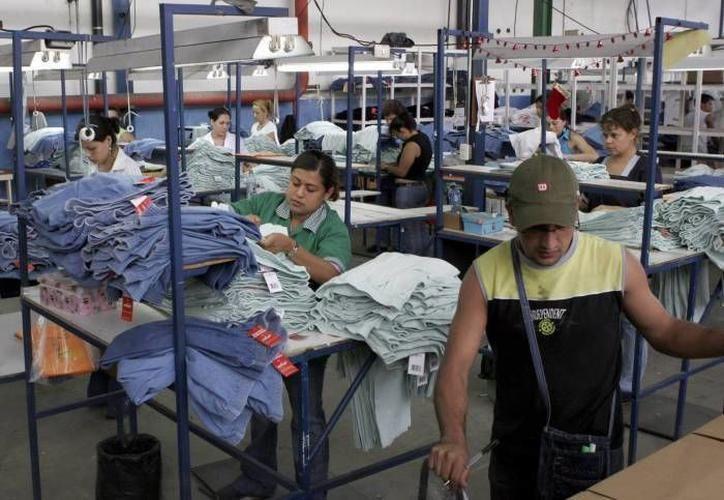 Maxcanú abrirá otra maquiladora relacionada con el área textil, con una inversión de 10 millones de pesos. (SIPSE)