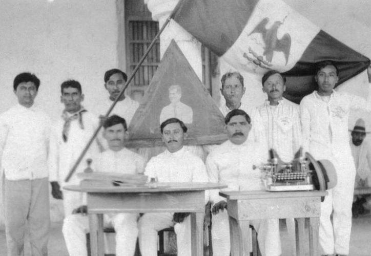 La muestra de fotos del siglo XX 'Algo que contar de Yaxcabá', permanecerá abierta hasta julio. (Foto: cortesía de Sedeculta)