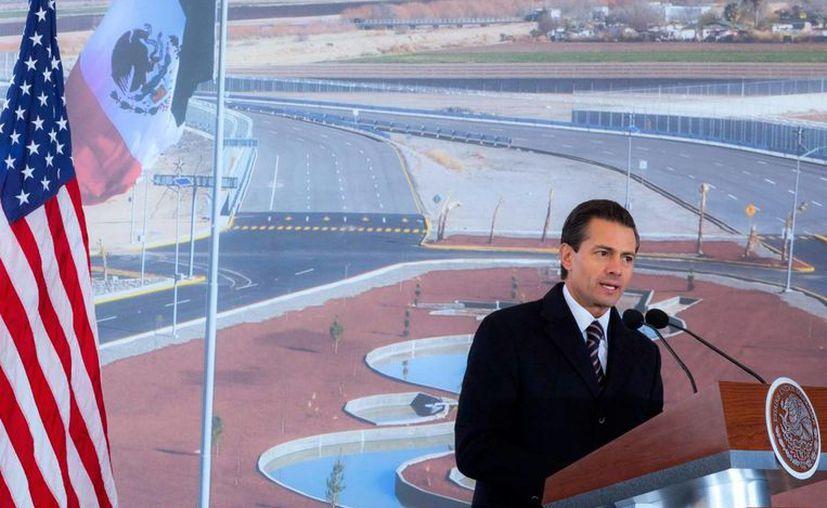 Peña Nieto estuvo en Chihuahua cumpliendo una gira de trabajo. Ahí anunció la creación del Fondo Ciudad Juárez, que arranca con mil 600 millones de pesos. (Notimex)