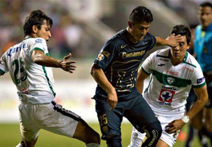 Gustavo Matías Alustiza, delantero argentino recién llegado a los Pumas, pide no dejarse llevar por rumores de su persona. (Contexto/ Internet)