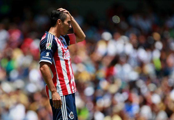 Chivas necesita hacer lo que en toda la temporada no ha hecho: Jugar bien. (Foto: Agencias)