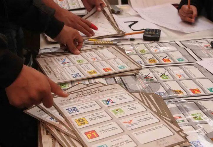 En Baja California, gobernado por el PAN, se discute la posibilidad de una candidatura común o alianza para evitar el triunfo del tricolor. (Notimex)