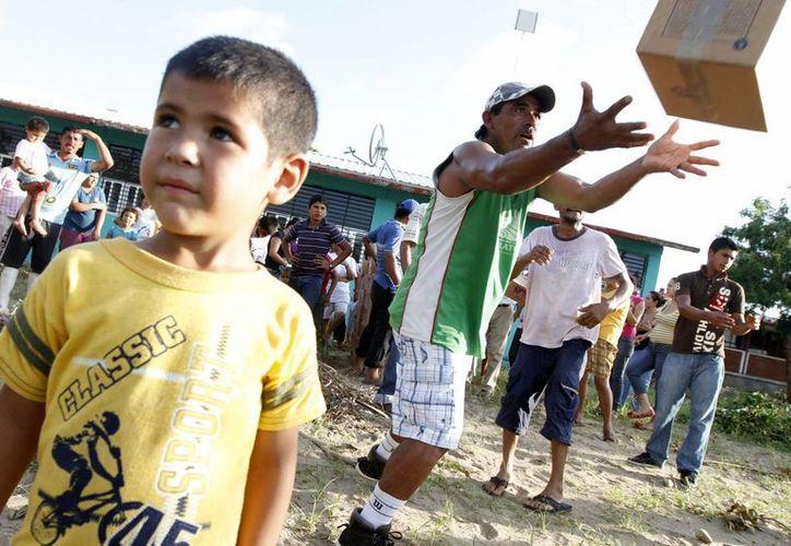 La comunidad pesquera de Dautillos, en Sinaloa, aún se encuentra incomunicada. (Notimex)