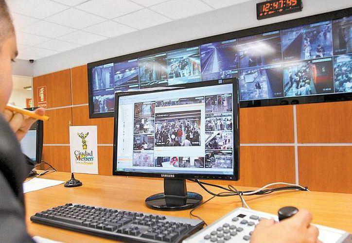 """Sindicato vigila los trenes con pantallas de """"menor resolución"""" (Milenio)"""