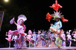En fotos, entierro de Juan Carnaval en Mérida