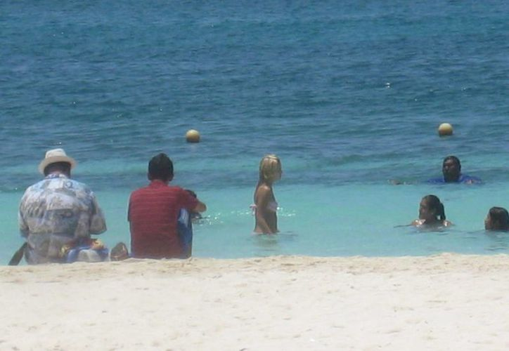 Las playas  de la entidad son seguras para el uso recreativo del turismo nacional e internacional. (Lanrry Parra/SIPSE)