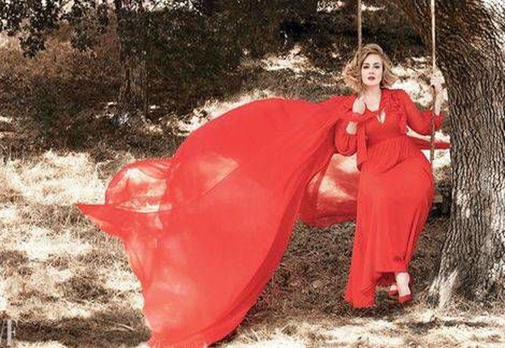 Adele presentará dos conciertos en el Palacio de los Deportes de la Ciudad de México, el próximo 14 y 15 de noviembre.(Vanity Fair)