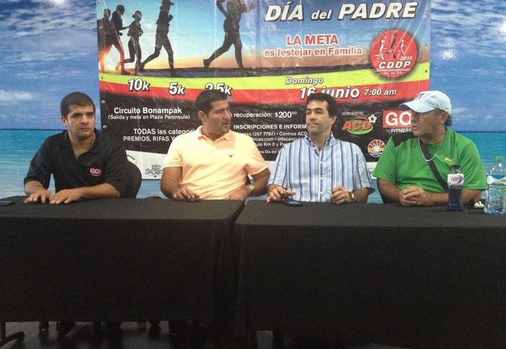 El comité organizador en conferencia de prensa. (Archivo/SIPSE)