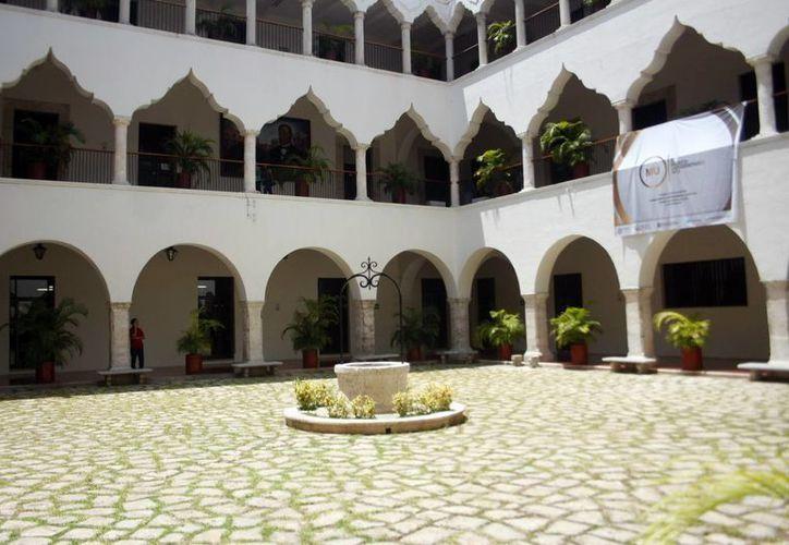 Imagen del edificio central de la Uady. (Milenio Novedades)