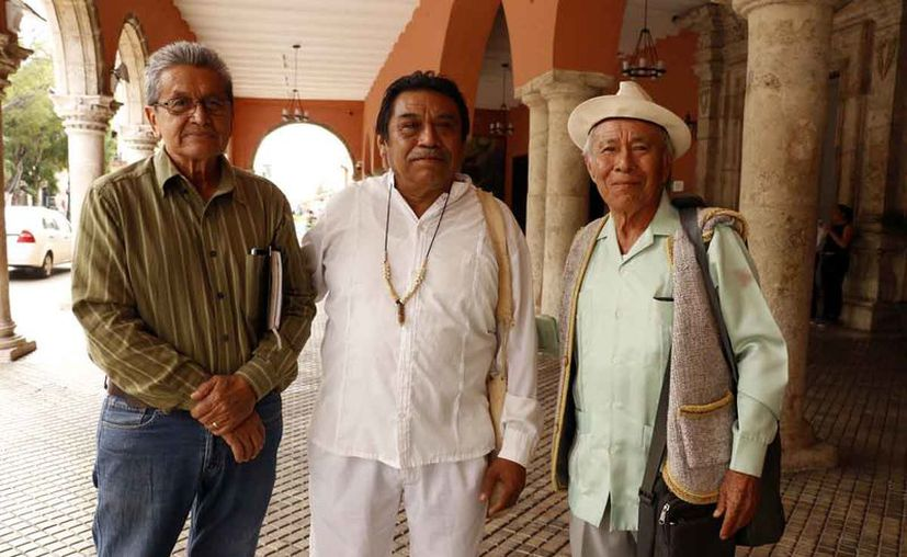 Un grupo de sacerdotes mayas asistirá este 1 de diciembre a la entrega del bastón de mando al presidente electo Andrés Manuel López Obrador. (José Acosta)