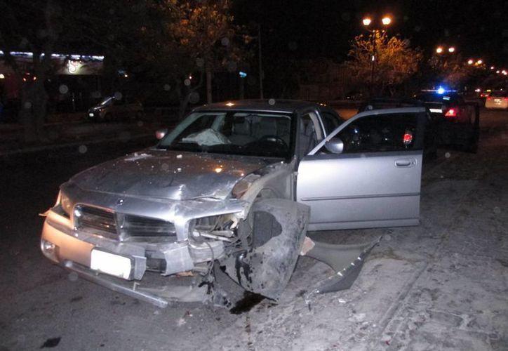 Un chocó a causa de un auto 'fantasma' en calles del fraccionamiento Francisco de Montejo. (Emmanuel Palomo/SIPSE)