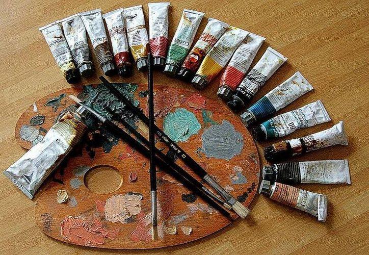 Niños y jóvenes asistieron al taller de pintura, para aumentar sus habilidades en está disciplina. (Redacción/SIPSE)