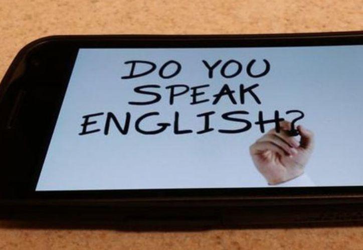 El estudio de una lengua extranjera es la segunda materia más significativa en la formación de una persona. (Contexto)
