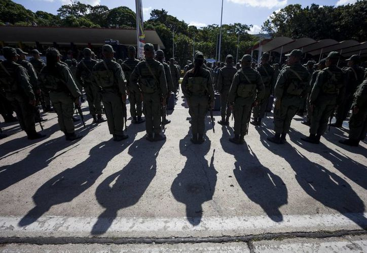Esta es la segunda vez que la Fuerza Armada venezolana hace unos ejercicios militares desde que Nicolás Maduro asumió el Gobierno en 2013. (Archivo/EFE)