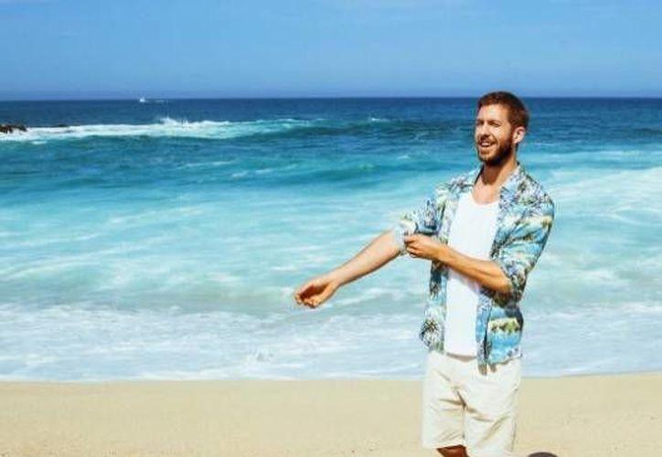 Calvin Harris se toma unas placenteras vacaciones en Cabo San Lucas y comparte sus fotos con sus seguidores. (Instagram)
