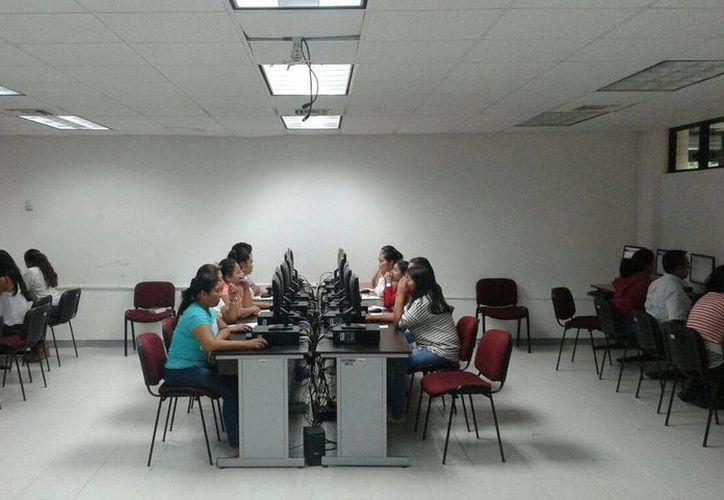 Estos docentes son la primera generación que ingresó al servicio mediante concurso de oposición en Quintana Roo. (Redacción/SIPSE)