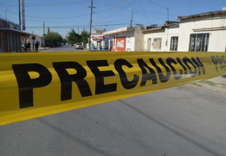 El primer ataque se registró en Mazatepec a las 20:15 horas, donde cuatro hombres y una mujer fueron baleados por sujetos armados en la colonia Justo Sierra. (Internet/Contexto)