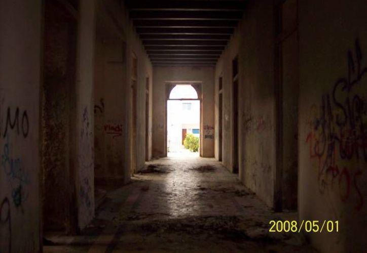 Los gritos que se escuchaban en una casona abandonada cesaron después de que se colocó un altar. (Foto de archivo de Jorge Moreno)