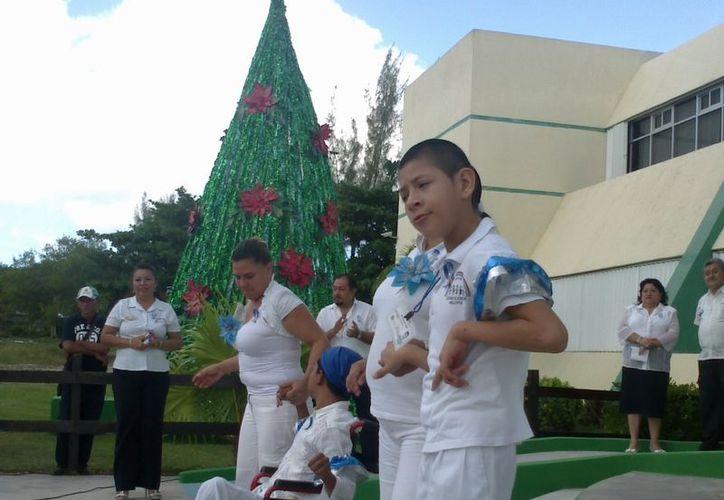 El evento se realizó en las instalaciones de la Secretaría de Educación de Quintana Roo. (Tomás Álvarez/SIPSE)