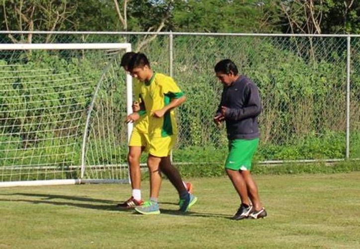 Imagen de los entrenamientos de Venados del Club de Futbol Mérida en la Unidad Deportiva Tamanché. (Milenio Novedades)