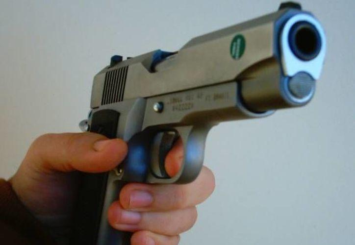 El asalto fue perpetrado por al menos seis hombres, quienes robaron el dinero en efectivo y objetos de valor de Nyangaaya después de dispararle. (newsmillenium.com)