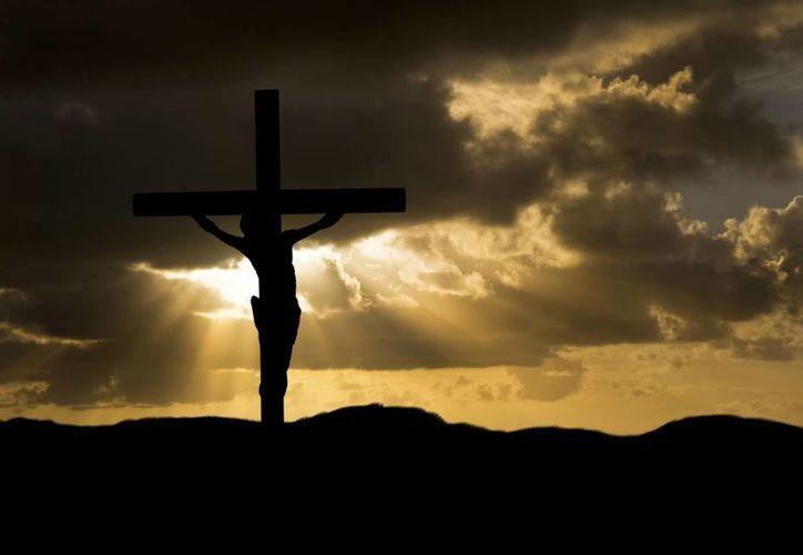 El académico Dale Martin asegura que los seguidores de Jesús violaban las leyes del Imperio Romano, motivo suficiente para que fuera crucificado. (serpentorslair.com)
