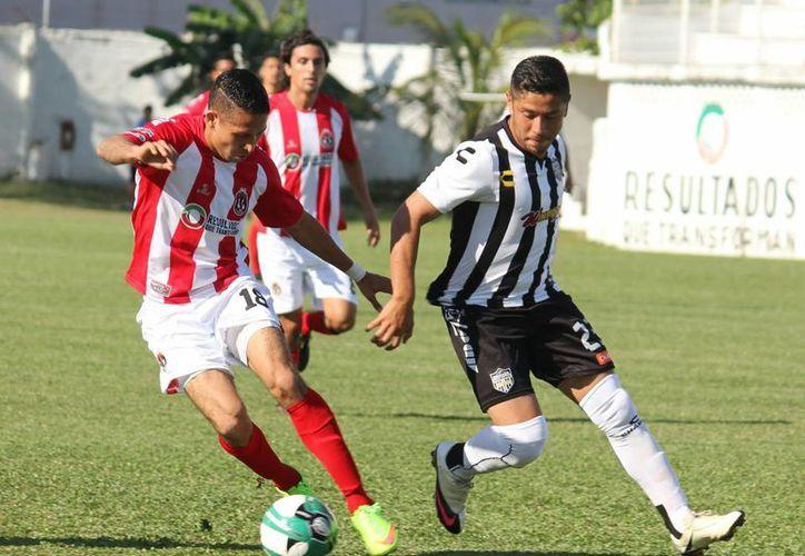 Pioneros de Cancún dejó el liderato del grupo dos debido a que no pudo ganarle a los Albinegros de Orizaba. (Redacción/SIPSE)