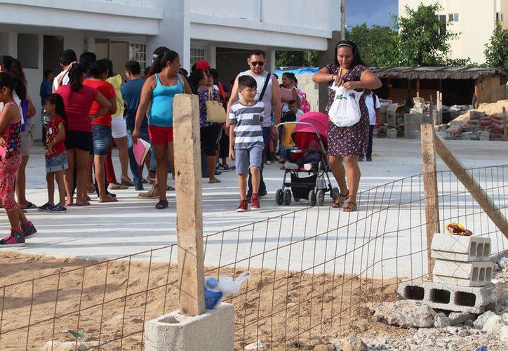 Se espera beneficiar a alrededor de mil 600 niños con las nuevas escuelas. (Octavio Martínez/SIPSE)
