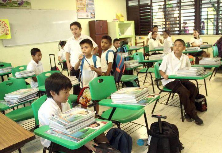 En mayo las escuelas tendrán varios días sin actividades. (Milenio Novedades)