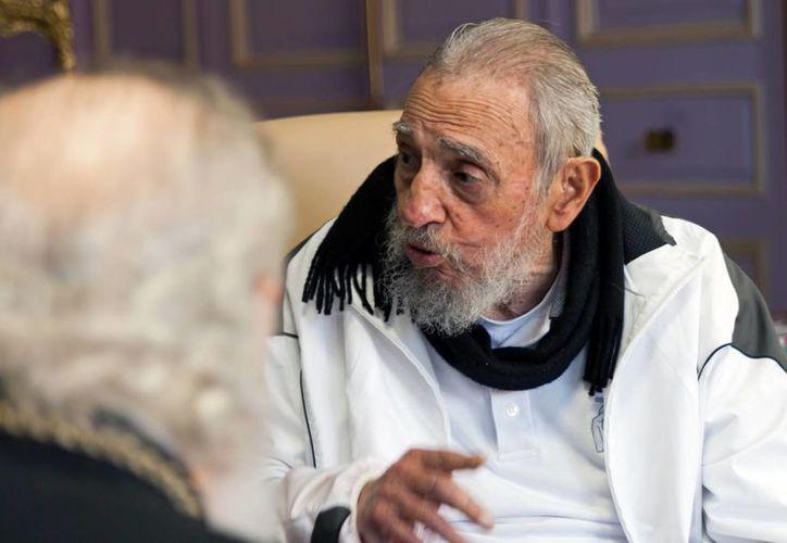 El discurso antiimperialista de Fidel Castro hizo arder a Washington en múltiples ocasiones. Fue durante la gestión de su hermano Raúl cuando EU decidió normalizar las relaciones bilaterales. (Archivo/AP)