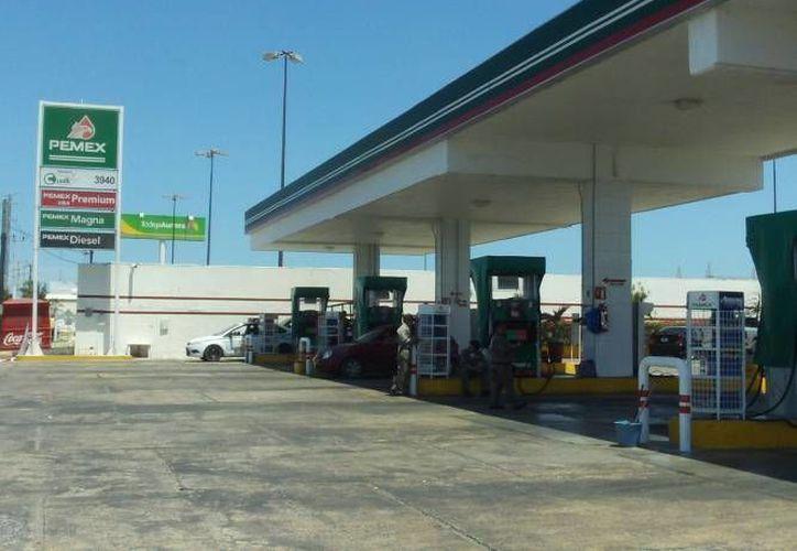 En 2012, Michoacán fue el estado más incumplido, con 52 gasolineras en el 'ojo del huracán'. (SIPSE/Contexto)
