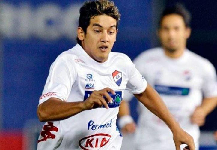 Silvio Torales, un mediocampista del Nacional de Paraguay, es el nuevo refuerzo de Pumas de la UNAM. (mediotiempo.com)