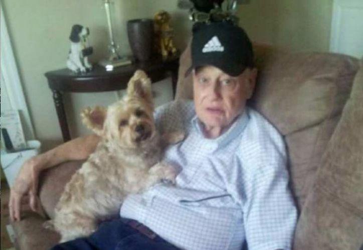 La policía llevó a Jerry a la Universidad de Colorado, para que fuera atendido en una institución que trata a personas con Alzheimer y enfermedades mentales. (Excélsior)