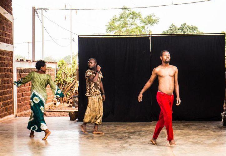 Siraba se puede definir como una especie de federación de artistas de Burkina Faso y extranjeros dispuestos a ayudarse unos a otros. (Notimex)