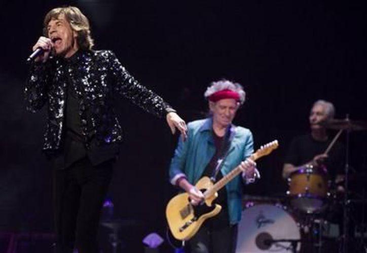 'Ustedes son la razón de que hagamos esto', expresó Jagger a los seguidores de la banda que se preguntan porqué siguen tocando. (Agencias)