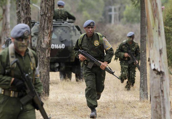 Serán ocho mil 500 soldados los que integren, en su primera etapa, la Gendarmería Nacional. (Archivo/Notimex)