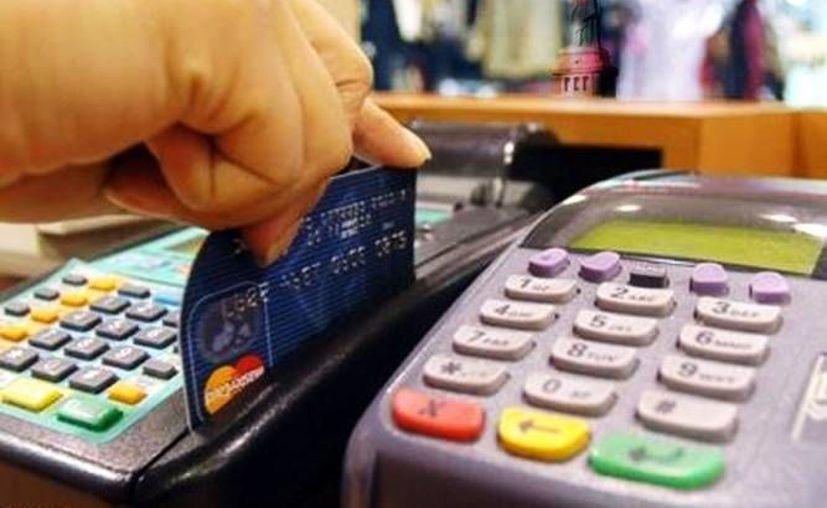 La Conducef recomienda no perder de vista las tarjetas de crédito o débito y conservar los comprobantes de compra para tener elementos para posteriores reclamaciones. (SIPSE)