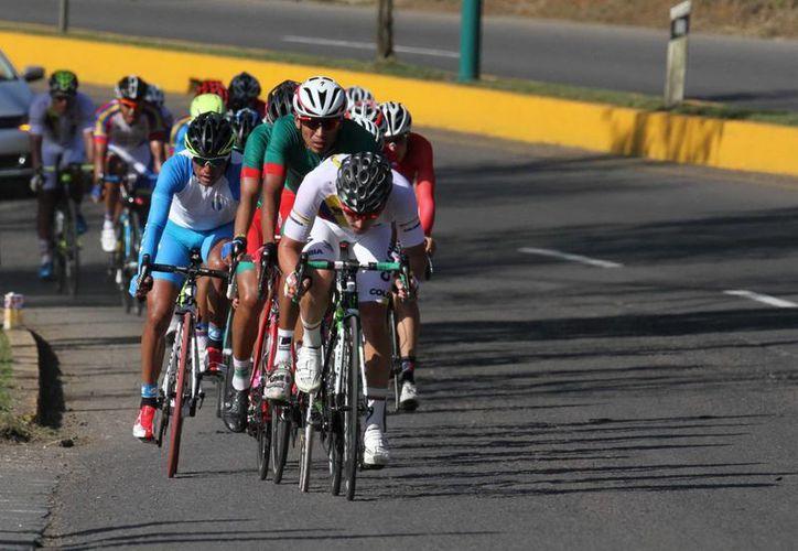La Unión Ciclista Internacional pretende no solo combatir el dopaje sino recuperar la maltrecha confianza de los aficionados. (Notimex)