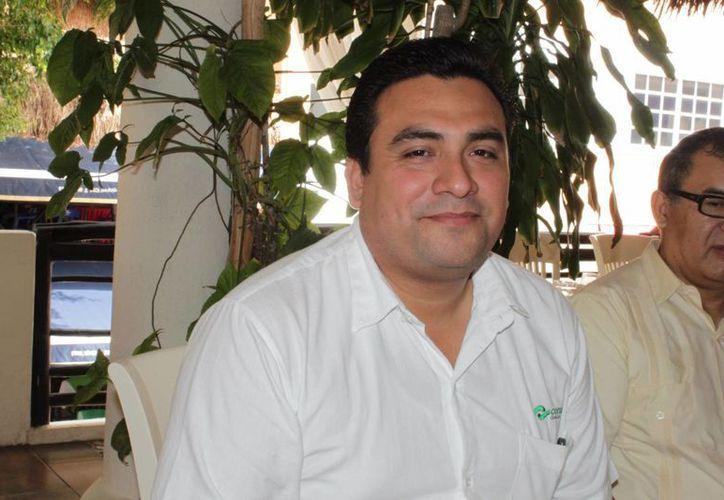 Odilón Aguilando Gómez, director del Conalep. (Adrián Barreto/SIPSE)