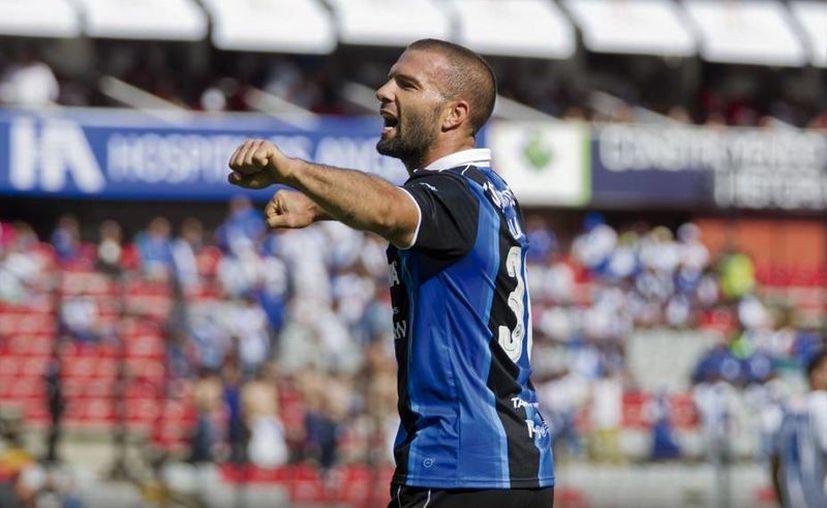 Un doblete del Tito Villa marcó la victoria del Querétaro en el arranque de la jornada sabatina. (clubqueretaro.com)
