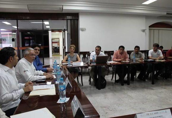 Reunión de la Subcomisión de Trabajo Sur-Sureste del Conapo. (Redacción/SIPSE)