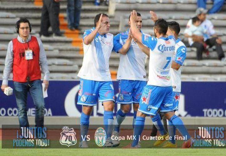 Hércules Gómez, uno de los goleadores de la Copa MX, anotó en la victoria de Puebla sobre el CF Mérida en cuartos de final. (Foto de @PueblaFC)