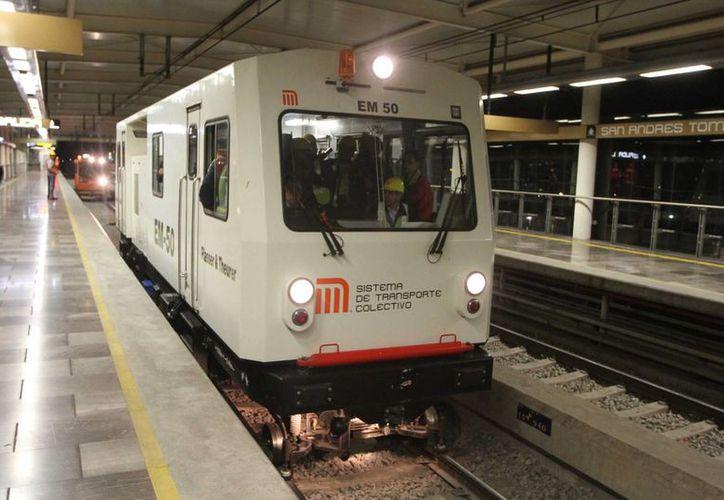 El jefe de Gobierno del DF, Miguel Ángel Mancera, dijo que aún hay que hacer algunas modificaciones a la Línea Dorada, y que se realizarán los fines de semana para evitar más afectaciones a los usuarios del Metro. (Foto de archjivo/Notimex)
