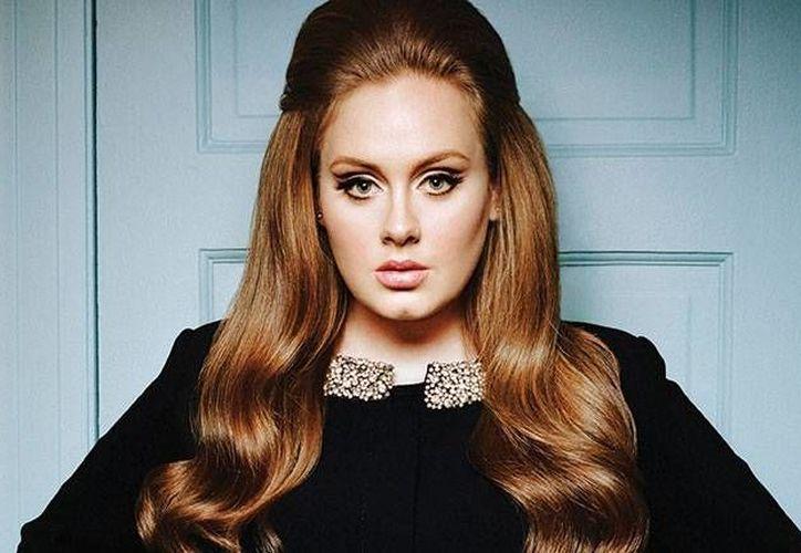 Los boletos para los conciertos de Adele en el palacio de los deportes se agotaron en ocho horas, hasta el grado de saturarse la página de internet encargada de la venta.(AP)