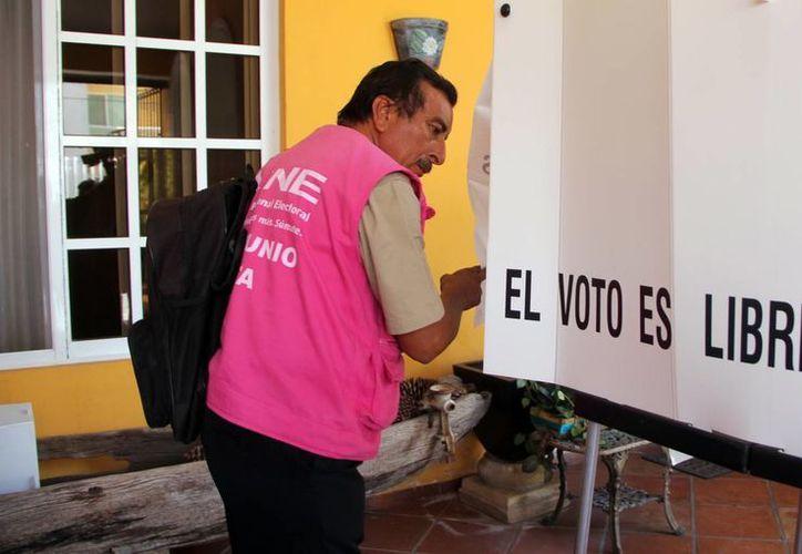Muchos funcionarios de casilla no se presentaron el día de la elección. Imagen de archivo. (Milenio Novedades)