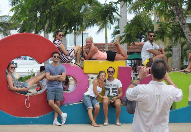 Todo apunta a que la Semana Santa 2017 dejará buenos dividendos a quienes dependen de los ingresos de la actividad turística en la isla Cozumel. (Gustavo Villegas/SIPSE)