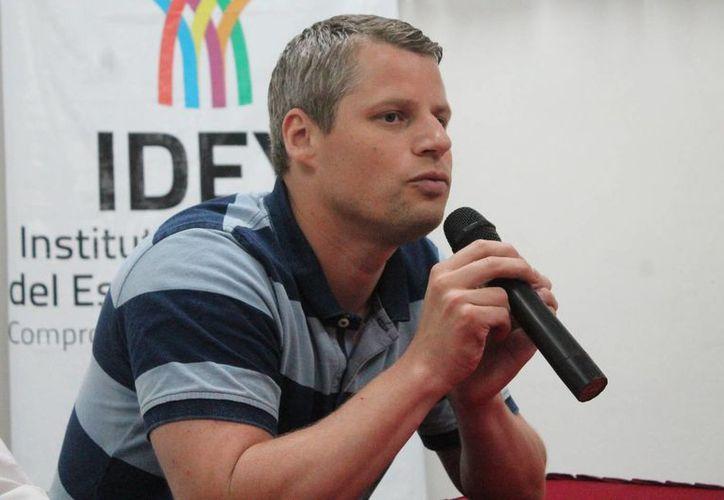 El sueco Martin Björkryd es entrenador de tenis de mesa en su país y durante un tiempo formó parte del equipo sueco de tenis de mesa. (SIPSE)