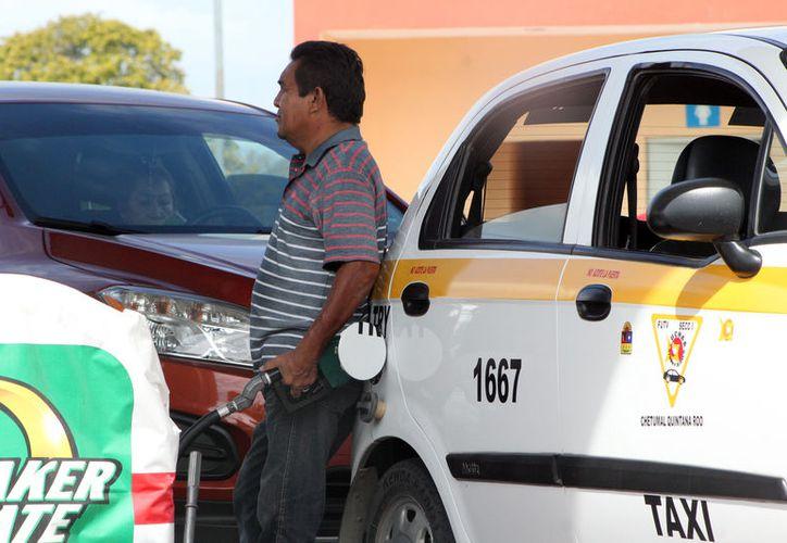 El sistema de gas licuado puede ser adecuado en los vehículos compactos, unidades Vans y peseros. (Joel Zamora/SIPSE)