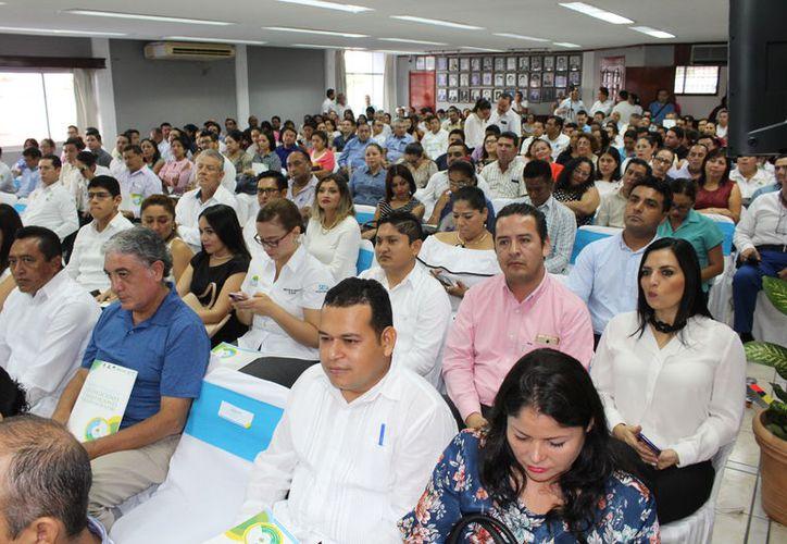 No se contempla el pago del retroactivo para los más de nueve mil trabajadores sindicalizados del Gobierno del Estado. (Joel Zamora/SIPSE)