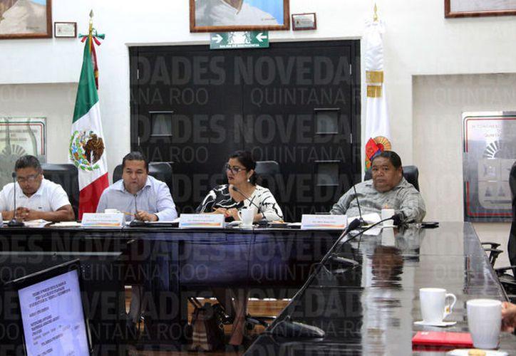 En las revisiones salieron a relucir irregularidades por cuatro millones 836 mil 320 pesos, principalmente a observaciones en materia financiera y de obra pública. (Joel Zamora/SIPSE)
